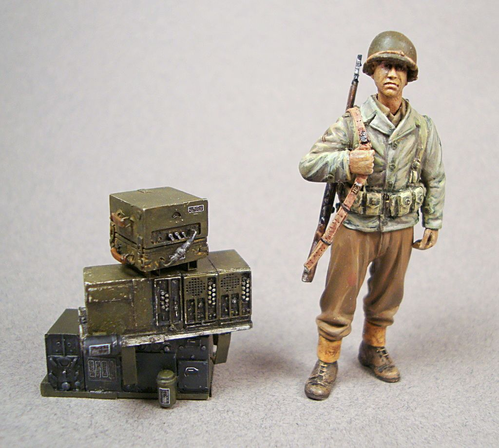 1     - 1/35 detailed plastic and resin model kits and accessories